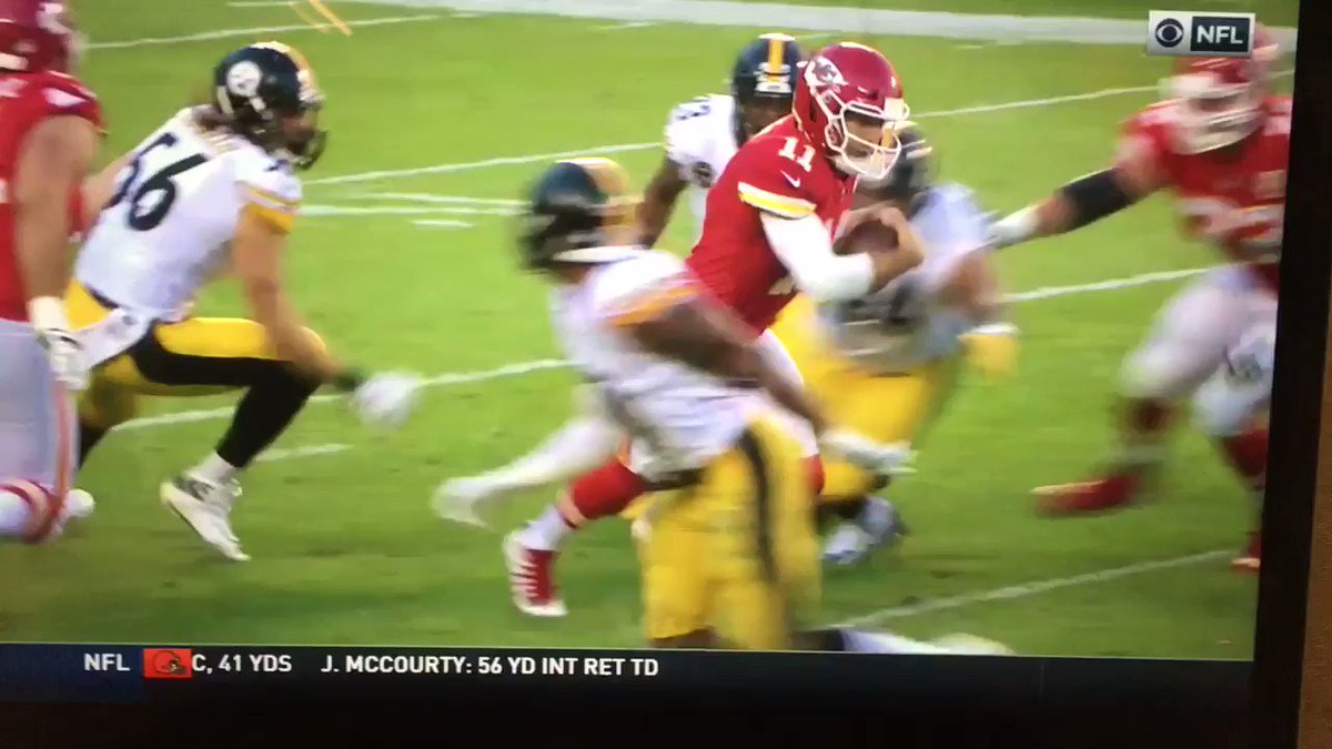 One of the biggest scumbag moves in recent NFL history from Mike Mitchell. Step up, @nflcommish https://t.co/9byOi6sxbb
