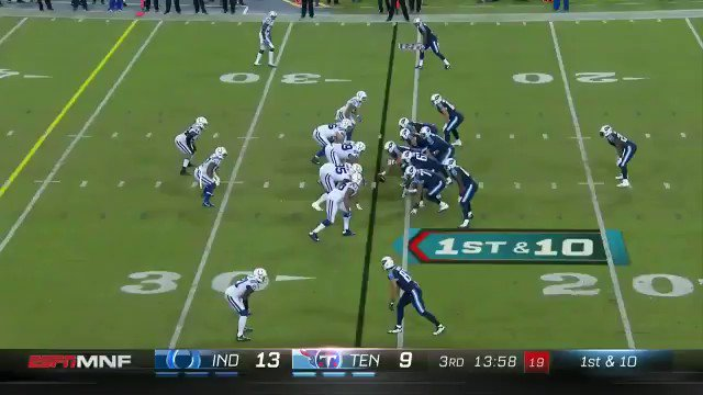 That's a PICK SIX for #Colts LB @johnesimon51! #MNF #INDvsTEN https://...