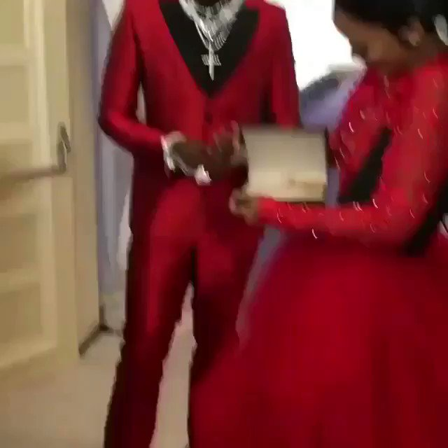 .@Gucci1017 x @KeyshiaKaoir getting ready for #TheManeEvent! https://t...