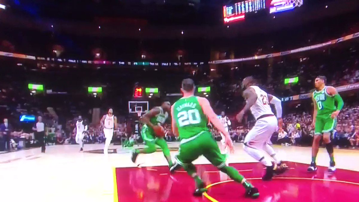 Jaylen Brown dunk as LeBron clears out of his way. https://t.co/5xvqO8...