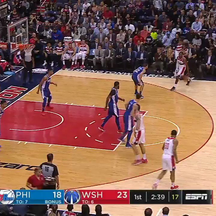 John Wall letting out some pent-up feelings. #SCtop10 https://t.co/kUQ...