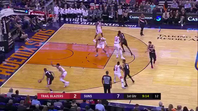 Whoa, all the Suns players started runni...