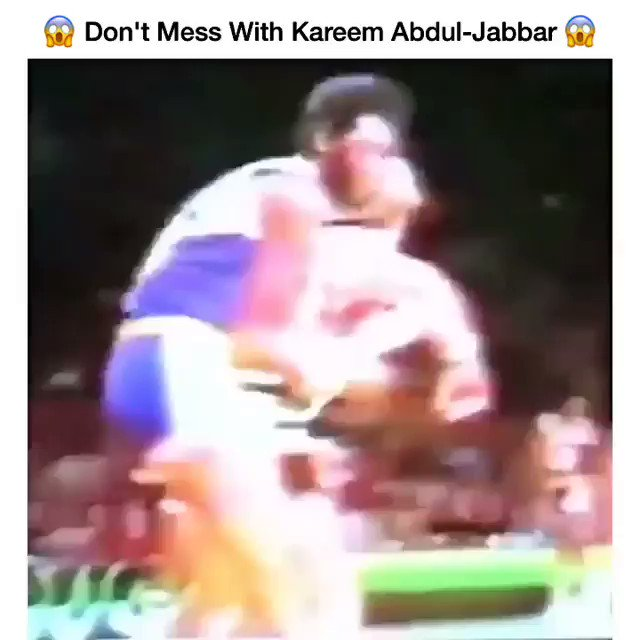 Kareem Abdul-Jabbar was serving that masses back in the day! Happy Bday to the Legend.