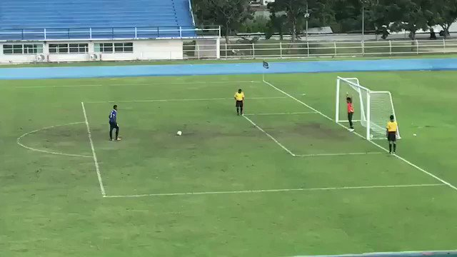 RT @DirtyFootbaIIer: Never celebrate too early in a penalty shoot-out 😳 https://t.co/w5kuvUaOeD