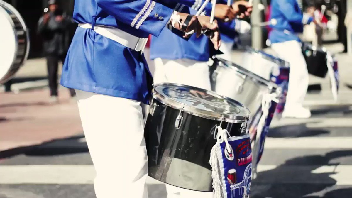 #Panama Independence Day Parade...in downtown #LA! #DTLA https://t.co/1R4fDbyRbP