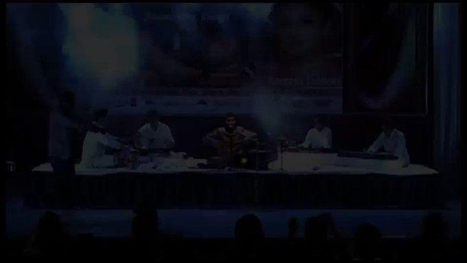 Gorgeous Raveena Tandon Enjoying Dumadum Mast Kalander Live in Kuwait . Belated Happy Birthday