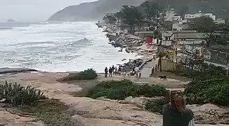 Impressionante #praiadamacumba #RiodeJaneiro #recreiodosbandeirantespic.twitter.com/nBngq5yu0O