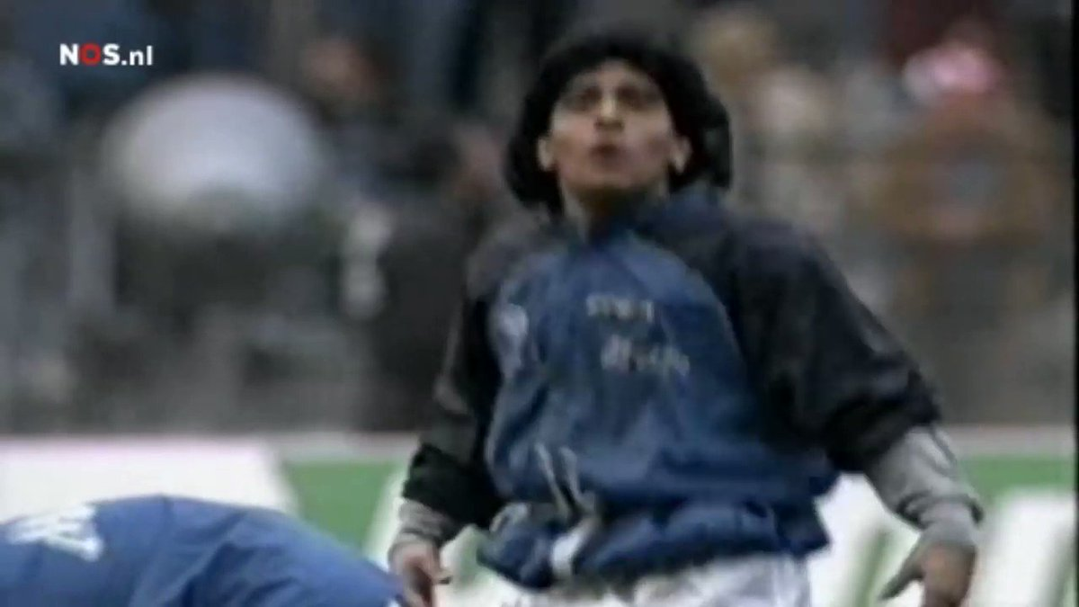 Diego Maradona warming up before Napolis UEFA Cup semi-final against Bayern Munich in 1989 will forever be one of the greatest videos of all time. Iconic.
