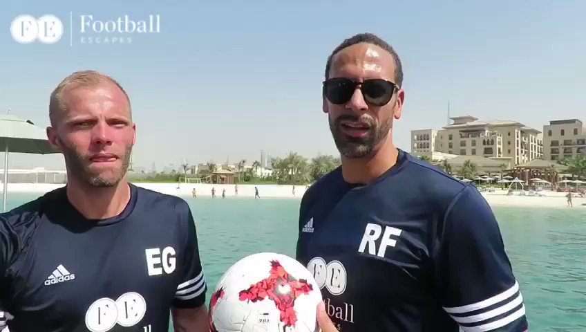 Can't beat a bit of Two Touch.... Rio vs @Eidur22Official ⚽️ https://t.co/LEHEYbNBz4 https://t.co/1pQO0CzkPq