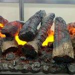 電気暖炉 optimyst !実はこれ水蒸気なんですってめっちゃリアル。ライブに使えそう。#トレンド…