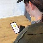 iPhoneXさっそく触ってる!face IDのロックは速いし、顔の動きを認識して絵文字が動くani…