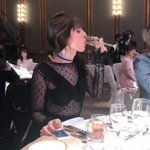 @JOY19850415 結婚式で本気で食べすぎだよ#ホンネテレビ@AbemaTV pic.twit…