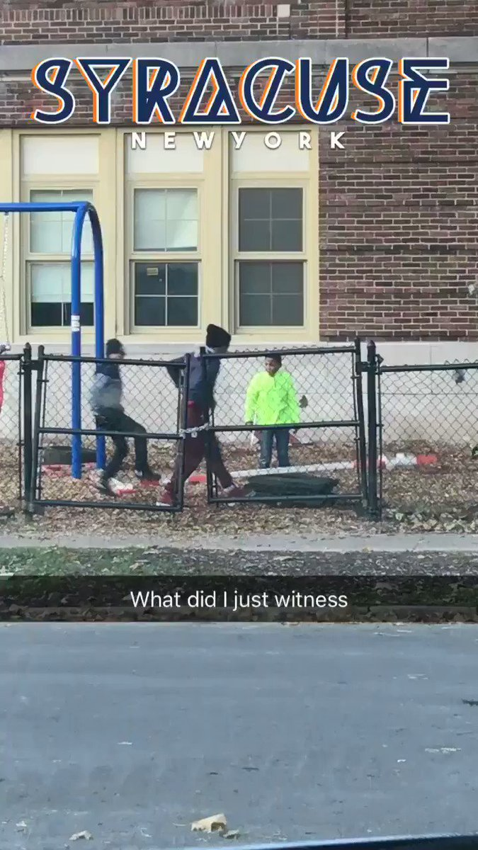 RT @CauseWereGuys: Ghetto Olympics 😂😂   https://t.co/AfVc89caSy