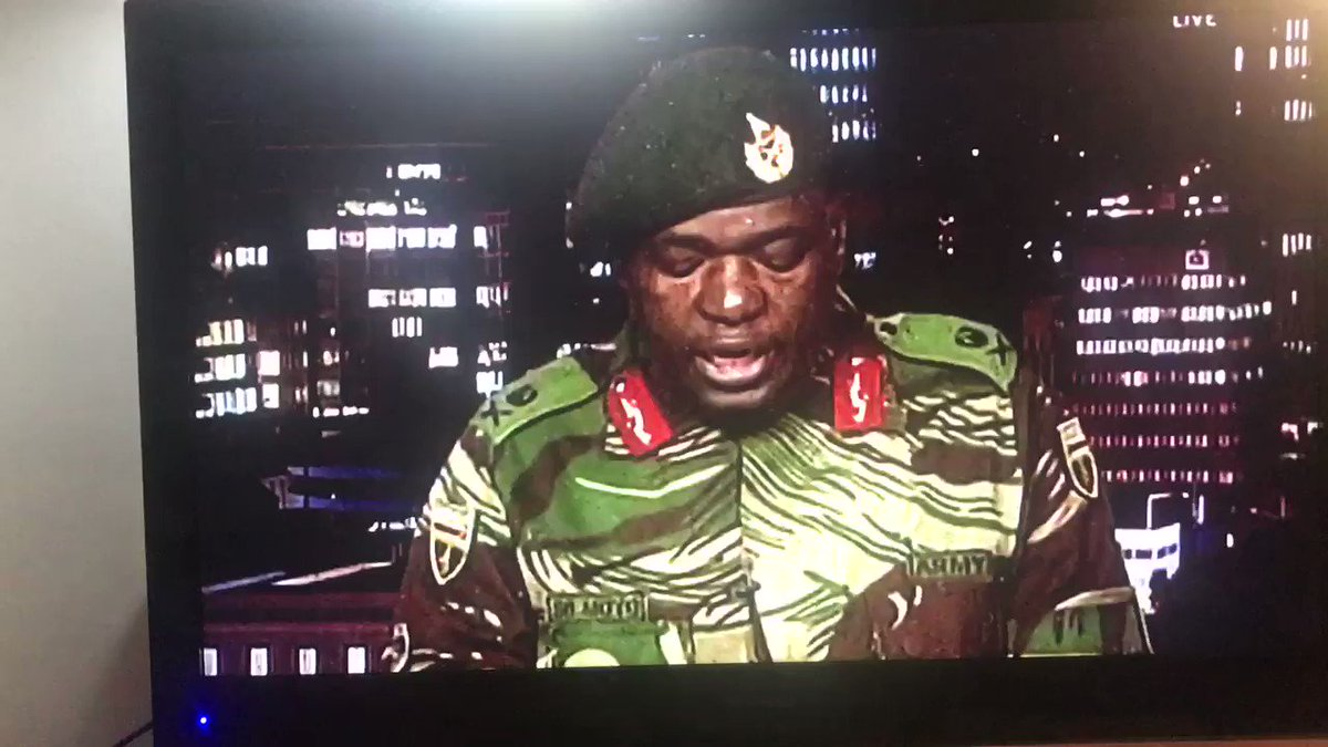 RT @tumisole: #countryDuty  #Zimbabwe   It's official, army are now in charge!    https://t.co/lzxglt4qRR