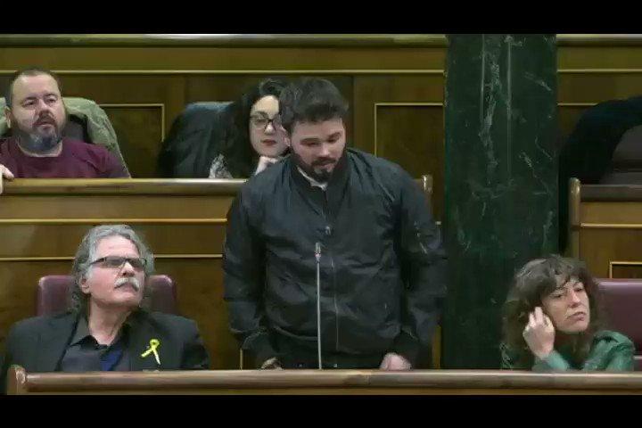 RT @grancocolio: Magnifica actuación del Diputado. Rufián respondiendo al ministro Zoido   https://t.co/kec5m6VzDP