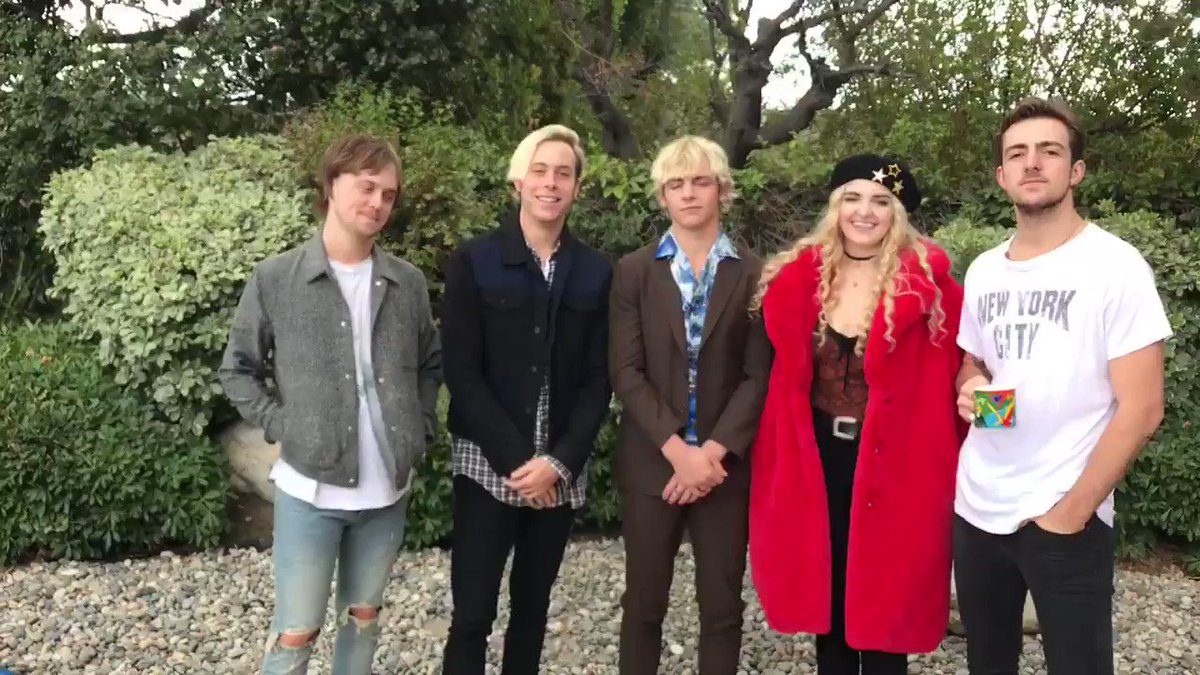 R5 on twitter you could score vip tickets to the grammys in nyc r5 on twitter you could score vip tickets to the grammys in nyc support an amazing cause and enter httpst9uy9tyjekj kristyandbryce Images