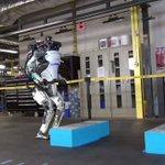 SASUKEに参戦できる日も近い?遂にロボットがバク転する時代へ!