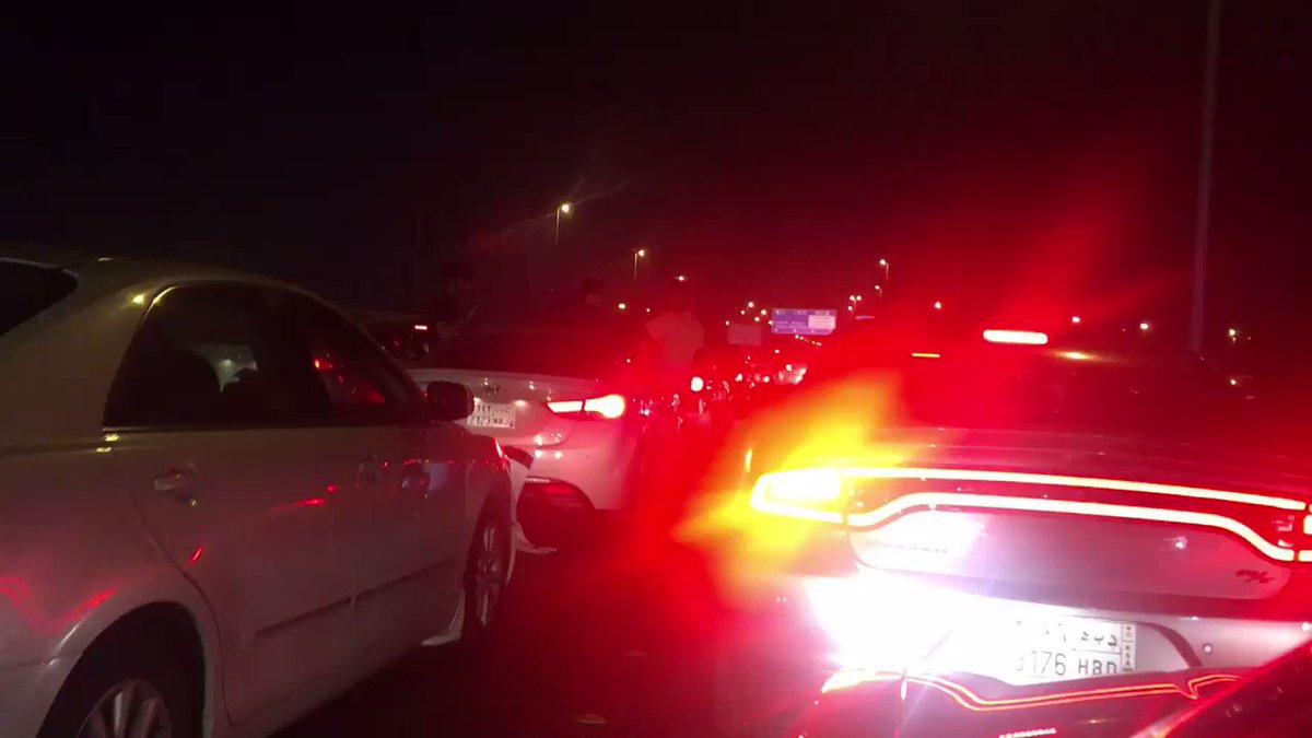 RT @eng_uu: مشجعين شبابيين يحتفلون بالتعادل امام #الاتحاد بعد نهاية اللقاء . https://t.co/Y77wPIFTWr