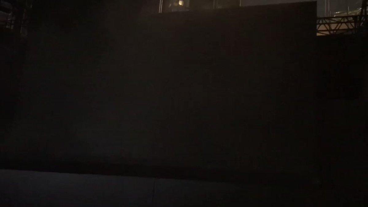 RT @justiceleaguejp: ついにエズラ・ミラーとレイ・フィッシャー、プロデューサーのチャールズ・ローブンが登場‼️ #ジャスティスリーグ https://t.co/nPVtyldb6N