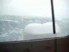 """[INTERNACIONAL] #Argentina #AYER estas eran las condiciones meteorológicas y  estado del mar en la zona de operaciones de búsqueda y rescate del #SubmarinoARASanJuan Fueron tomadas desde el destructor ARA """"Sarandí"""" @Armada_Arg  cc @biobio @Cooperativa @adnradiochile @24HorasTVN"""