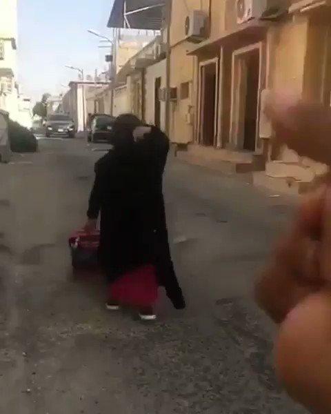 #تعليق_الدراسه ويه ويه علقوا الدراسه عند...