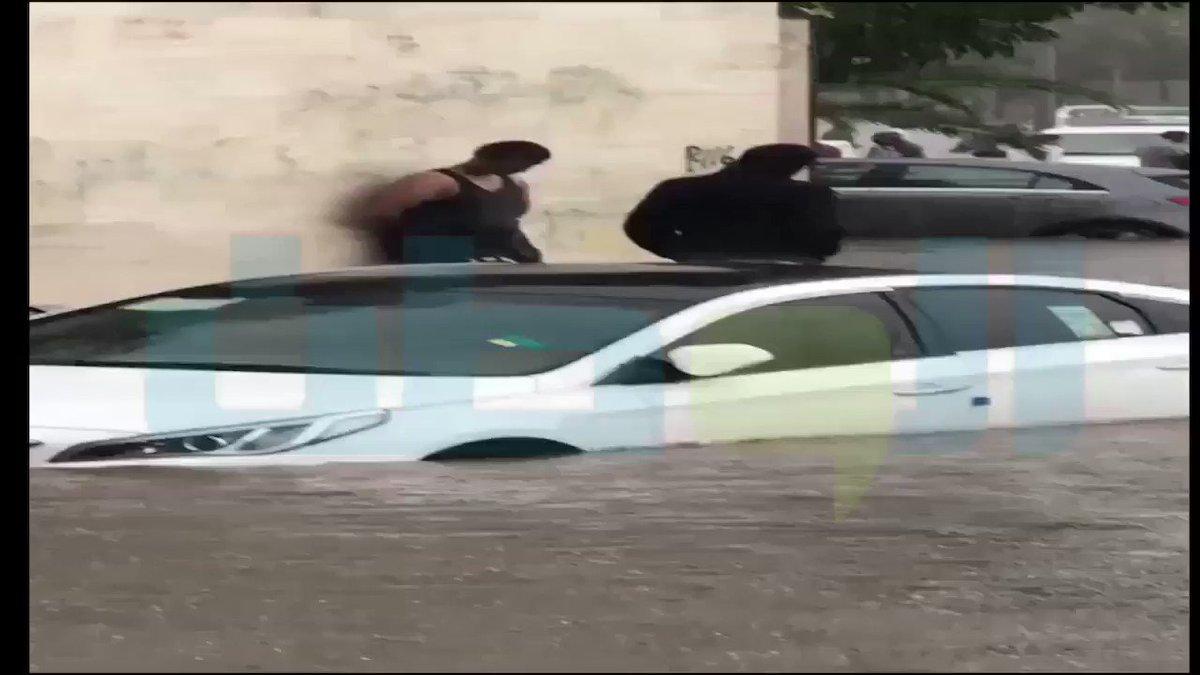 المركبات تغرق في أمطار جدة .. والجهات ال...