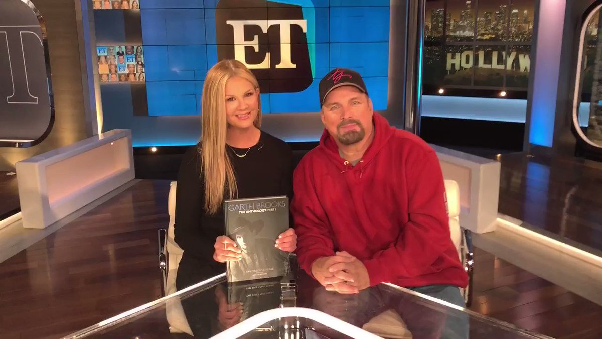 Tonight @GarthBrooks on @ETnow! Can you guess which song of his @Oprah had something to do with? Find out tonight!