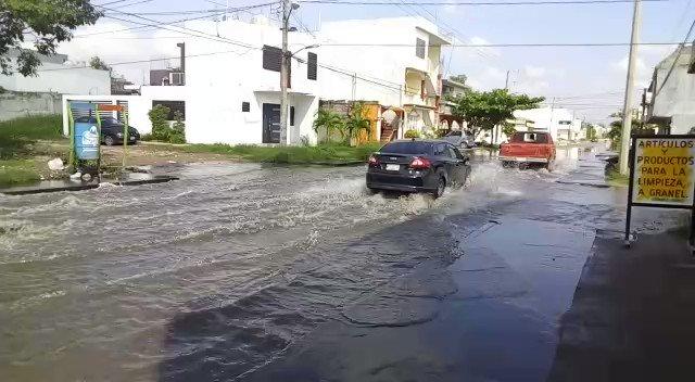 #Entérate Inundada de aguas negras desde...