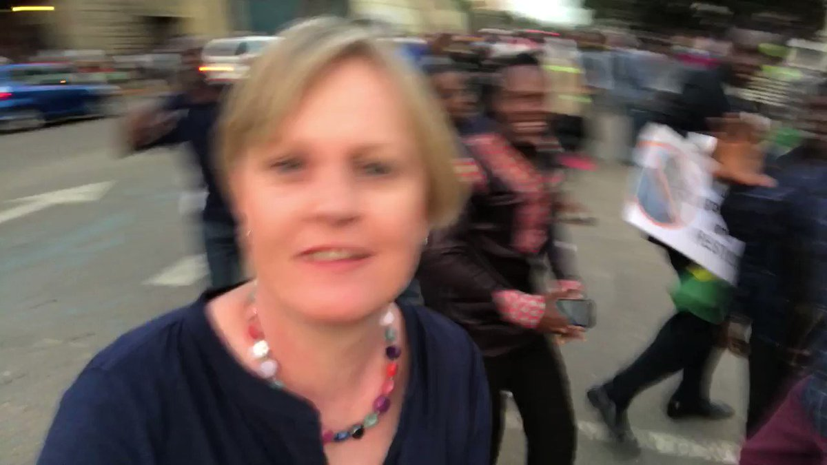 Trying to film a quiet piece to camera amid the celebrations in #harare #zimbabwe #harare https://t.co/DX7A1kFXsA