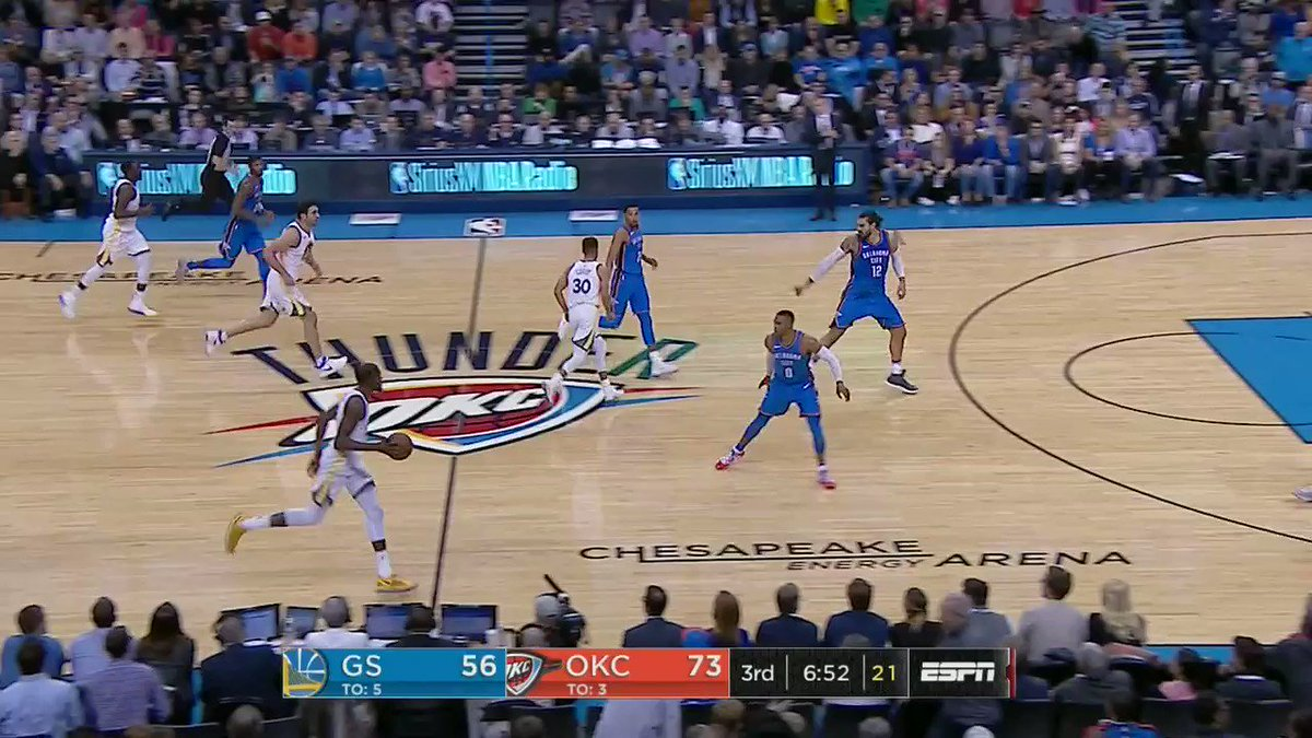 KD & Westbrook forehead to forehead https://t.co/ORdC5CAfpY