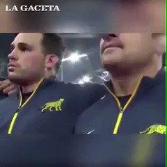 RT @SantiagoLuceroT: Los Pumas homenajearon a los a 44 tripulantes del  #ARASanJuan 🇦🇷   ¡¡¡GRACIAS!!! https://t.co/nwIqbzsnLW
