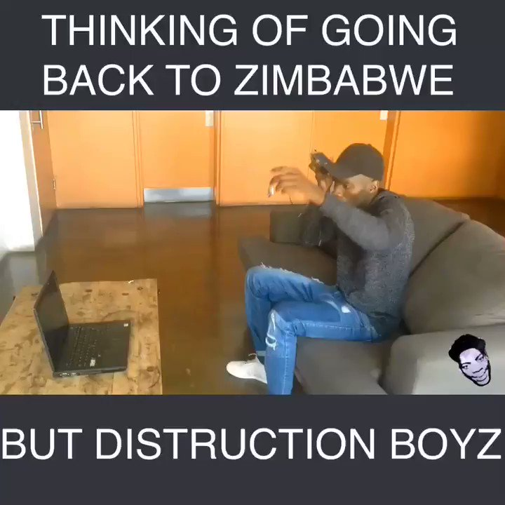 When Zimbabweans be thinking of going back home this December but distruction boyz baba😂😂🙆🏽 @DistructionB #Distructionboyz #OmunyePhezuKomunye #OmunyeChallenge #MugabeResigns