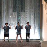 札幌のホテルのロビーにて青覇!!!興奮が冷めない!!!最高!!!(松岡) pic.twitter.c…