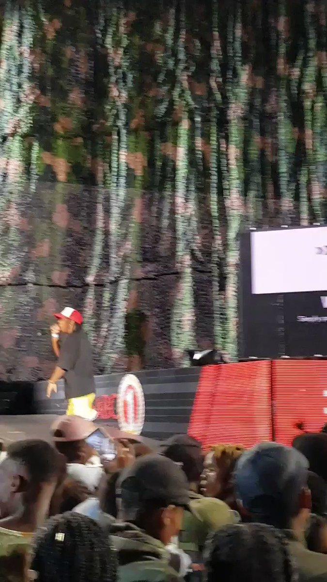 RT @slikouron: Did you catch @FrankCasino_ 's stage roar? #FillUpFBNStadium https://t.co/lDQNv818QM
