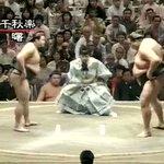 最近大相撲を見始めた人に、貴乃花の相撲を見てほしい。どんなに自分より大きな相手でも真っ正面からぶつか…