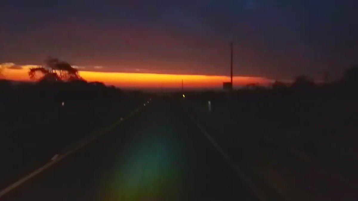 La mejor vista a las 7 de la tarde #Sunset #VichayitoBeach #Atardecer #Mar #Playa #Sky #LandScape #Instagood #Travel #WorldPlaces #Travelers