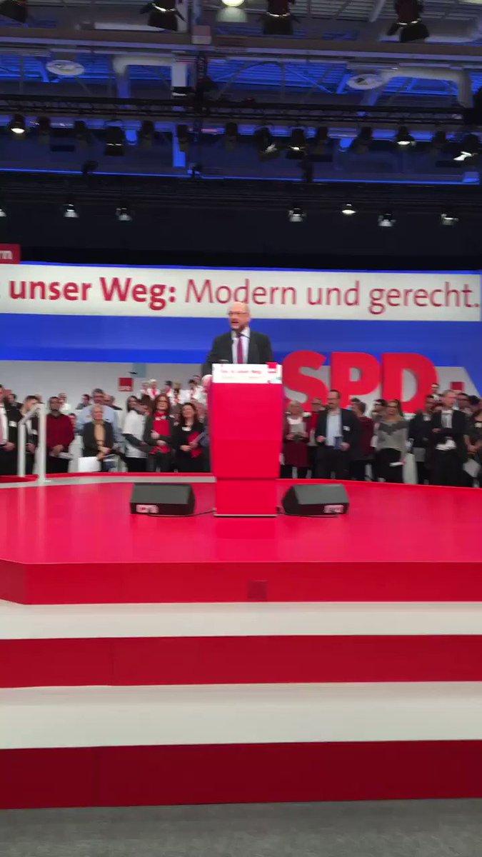 RT @spdde: #europaradikal und stolz drauf! 🇪🇺❤️ #spdbpt17 https://t.co/FEv03MgQoT