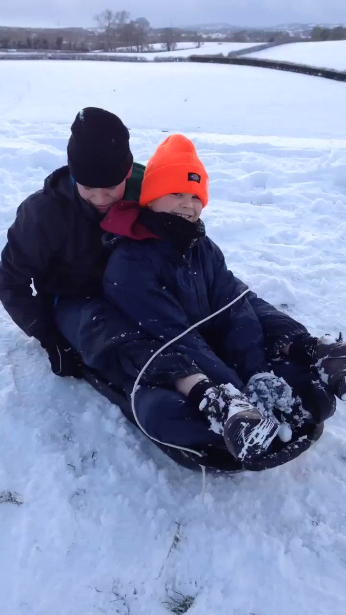 @EllesmerePS sledging in Tetchill.