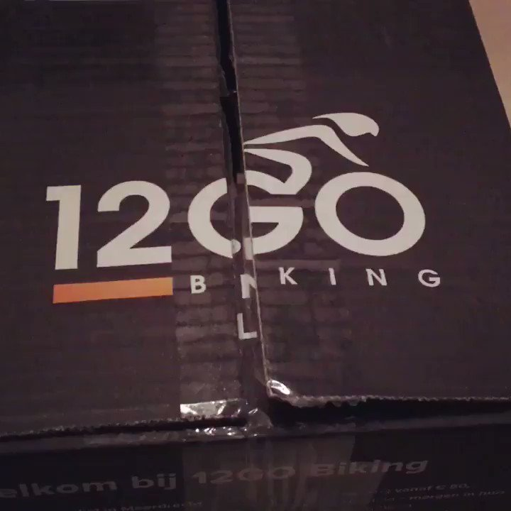 Nice packaging. Good thinking.  Catchphrase while unwrapping. Nice! #12gobiking #nicepackaging #unwrapping @12gotrading