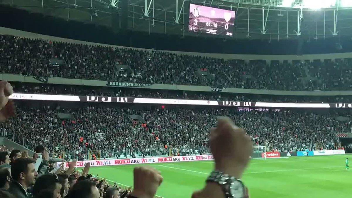 @UKAmbRichard Şampiyon Beşiktaş!   'Ayrı...