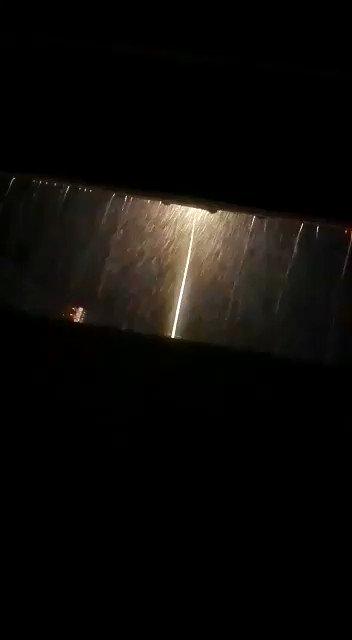 #عمان_الان الامطار تهطل على   غيل الشبول...