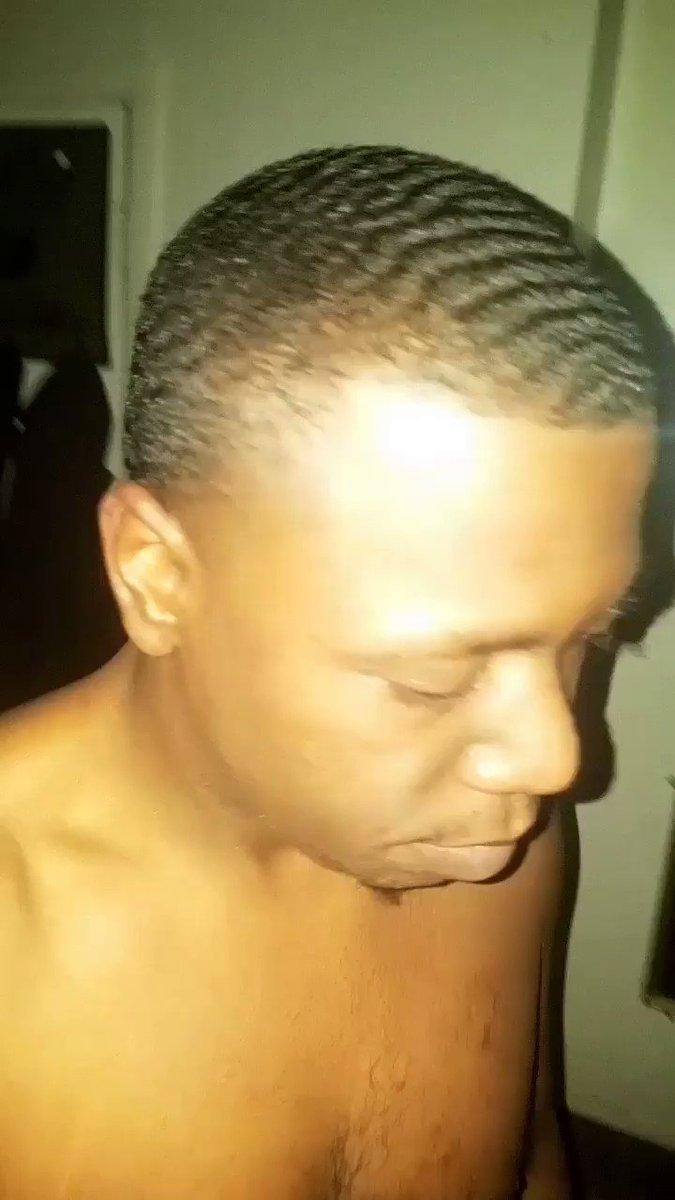 🌊🌊🌊🌊 #LifeOfABachelor #ImDaddy #King #Lopez #ARealOne #Stoner #PrayingForBetterDays #Lopez #BarberLife #Barber https://t.co/ltWnU4NYIP