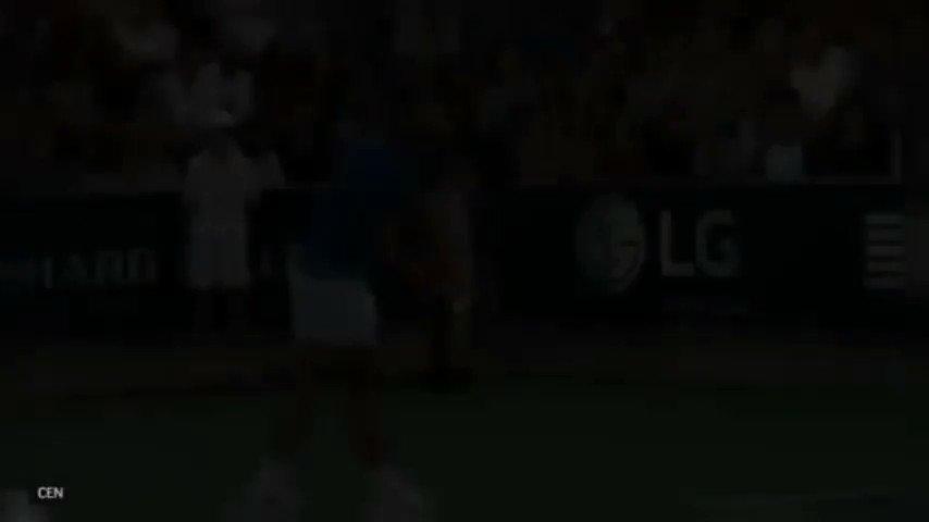 فيديو جميل من #قبل_المباراه لحظة إنسانية...