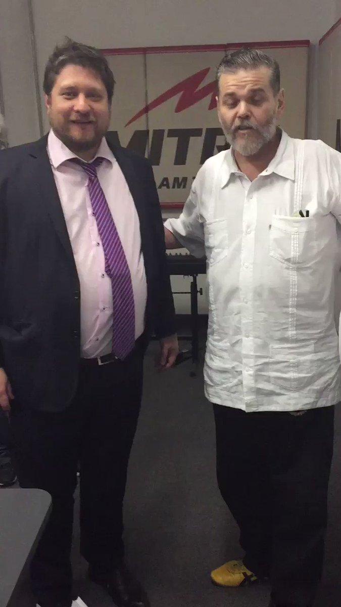 RT @RadioMitreSR: ¡Ya arrancó #LaNoticiaDeseada con Alfredo Casero! wwnicolas MWinazki gonzalosanchez https://t.co/JqsNaxddjO