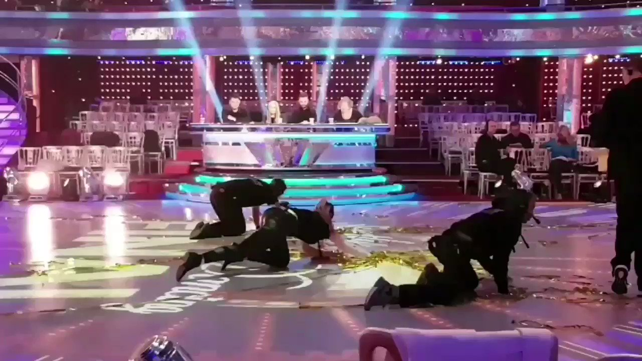 We've got extra glitter sweepers in for the #Strictly final! https://t.co/0kbjmm00cJ