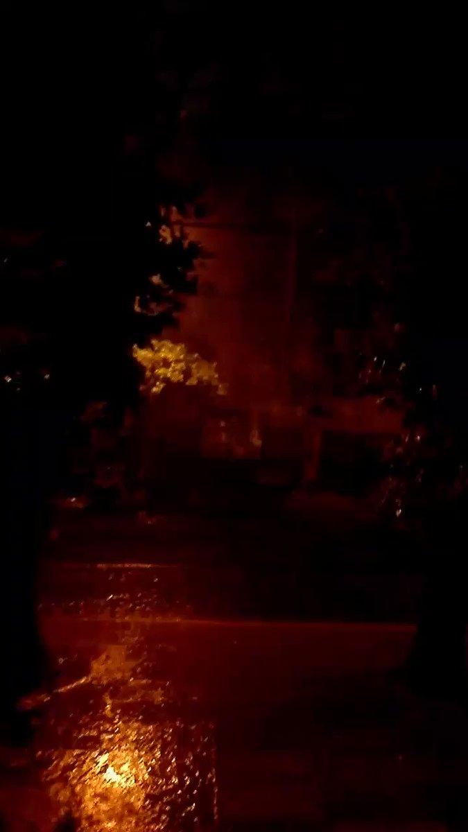 #TormentaEnTN diluvia en Lomas de Zamora. https://t.co/wwzWBSf3ph
