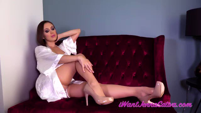 Infatuated  New clip on IWC! #loveaddiction @iWantClips https://t.co/QBHfNeD7ju https://t.co/9DspP8Z