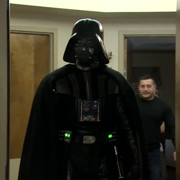 RT @DepressedDarth: Dying Veteran gets final wish to see Last Jedi https://t.co/hsD5Wxi7VE
