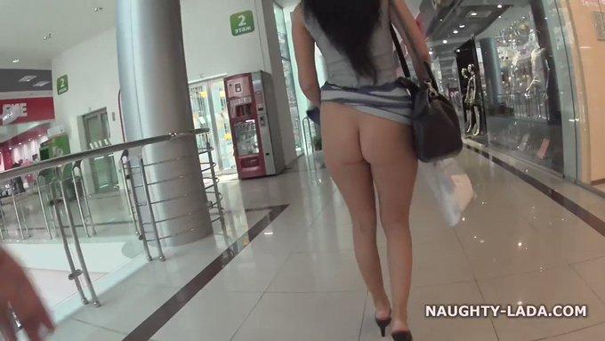 Shopping #flashing #upskirt  Get the full video on https://t.co/nQ5c0XGVoW 💋💋💋 https://t.co/bfBqXpaa