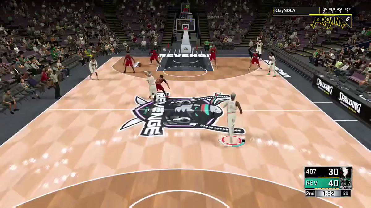 y'all ever seen a putback from the free throw line?😳😳😳 @youFamousEnough #2kfreeagent @WalkOnWarriors